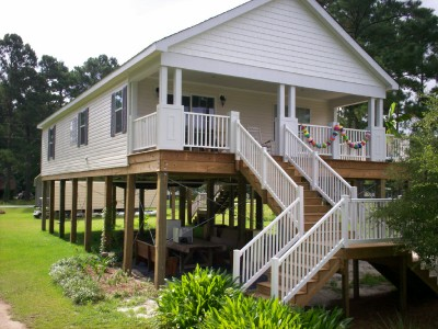 Riverside builders llc the piling people for Elevated small house design